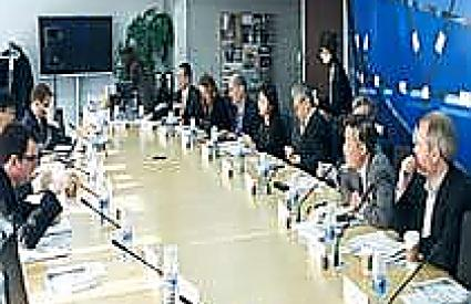 """Strengthening Global Governance through Middle Power Leadership"""