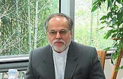 "Mostafa Dolatyar, ""Iran's Strategic Choices"""
