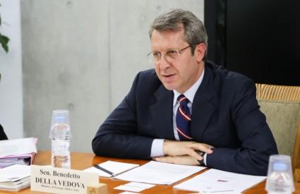 Roundtable with Senator Benedetto Della Vedova