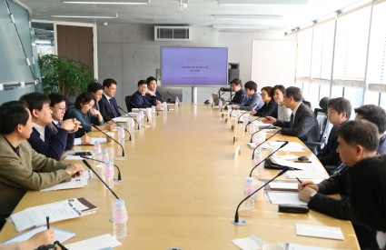 Korea-Middle East Cooperation in an Era of Cheap Oil and High Risk