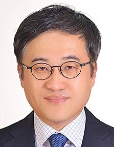 Lee Yong Wook