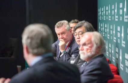 [Session 3] Populism v. LIO: EU