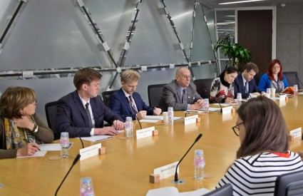 Asan Roundtable with KF-Russia Policy Experts